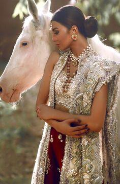 pakistani boutique, saree blouse patterns,  saree fabric@ http://ladyindia.com