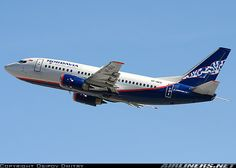 Boeing 737-505 aircraft picture