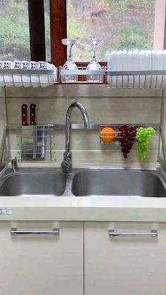 Best Kitchen Sinks, Kitchen Sink Design, Kitchen Cupboard Designs, Diy Kitchen Storage, Modern Kitchen Design, Home Decor Kitchen, Interior Design Kitchen, Cool Kitchens, Sink For Kitchen