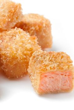 Fried salmon nuggets recipe. Skillet-fried seasoned salmon fillets. Use as an appetizer or main dish. #seafood #dinner #magicskilletrecipes #salmon #nuggets #food #recipes Seafood Appetizers, Appetizers For Party, Nuggets Recipe, Fried Salmon, Salmon Seasoning, Magic Recipe, Salmon Fillets, Skillet Meals, Salmon Recipes