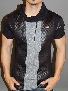 with 2 vertical patterned layers on the front and … – Tolles Hemd mit Mock-Neck-Passform. Leather Fashion, Mens Fashion, Style Masculin, Inspiration Mode, Casual Wear, Men Casual, Haircuts For Men, Look Cool, Swagg