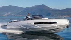 Invictus 280GT is a Very Remarkable Superyacht Tender