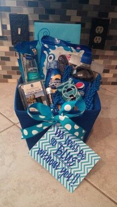 """Moving away gift """"we will be BLUE without you! By Hailey Roberts Moving away gift we will be BLUE without you! By Hailey Roberts Cute Birthday Gift, Birthday Gifts For Best Friend, Diy Birthday, Friend Gifts, Birthday Presents, Themed Gift Baskets, Birthday Gift Baskets, Homemade Gifts, Diy Gifts"""
