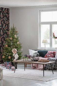 We all love Christmas traditions – the ones we continue and the ones we create ourselves. Start preparations by adding a little bit of Christmas magic into your home interior with gorgeous textiles. Vahakukka cushion covers make your livingroom look cozy. Wreaths, ornaments and decorations play a big role in giving your home an extra bit of Christmas sparkle. Wrap Pentik Vahakukka products to perfect Christmas gifts. Pentik knitted toys are childrens favourite! Cozy Christmas, Perfect Christmas Gifts, Christmas Ornaments, Bedclothes, Banquet Tables, Candle Shop, Christmas Traditions, Love Is All, Decorative Objects