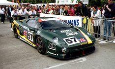 1990_Jaguar_XJ220_race_car_003_0806