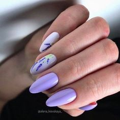 20 Hottest & Catchiest Nail Polish Trends in 2019 Lavender Nails, Nail Polish Trends, Short Nail Designs, Nail Tips, Manicure Ideas, Trendy Nails, Short Nails, Hair And Nails, Hair Beauty