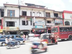Crazy traffic just one day before Singhalese New Year in Kandy. Sri Lankas cultural capital should definitely be on your list. Cultural Capital, Sri Lanka, Backpacking, Street View, Travel, Voyage, Backpacker, Travel Backpack, Viajes