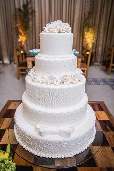 ideas for wedding boho cake brides White Wedding Cakes, Elegant Wedding Cakes, Beautiful Wedding Cakes, Gorgeous Cakes, Wedding Cake Designs, Pretty Cakes, Dream Wedding, Wedding White, Sparkle Wedding