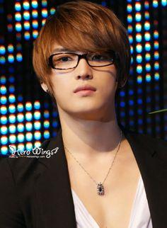 Resultado de imagen de kim jaejoong glasses