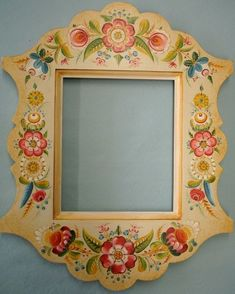Os Mirror Frame You are in the right place about long mirrors Here we offer you the most beautiful pictures about the old mirrors you are looking for. When you examine the Os Mirror Frame part of the Mirror Painting, Tole Painting, Painting Frames, Painting On Wood, Norwegian Rosemaling, Painted Picture Frames, Mirrored Wallpaper, Scandinavian Folk Art, Art Decor