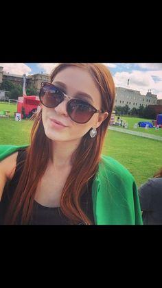Дашутка, 20, Москва, ищу: Парня  от 22  до 30 http://loveplanet.ru/page/sammigirl/affiliate_id-90971  Цель знакомства: Романтические отношения  Ищу: Высокого;)