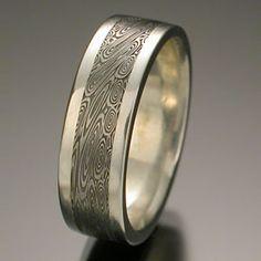 Chris Ploof - Bird's Eye Wide Rails Flat Top band in 7mm width. Palladium and Damascus steel. DVVS Fine Jewelry.