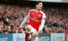 Hector Bellerin ruled out for four weeks with ankle injury