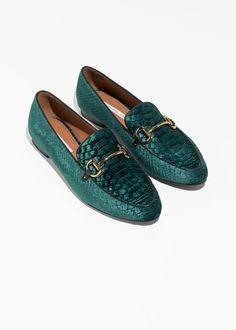 075234a0e05ba Back image of Stories horsebit buckle loafers in green Moda Contemporánea