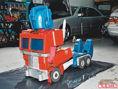 Real-Life Transforming Optimus Prime Costume