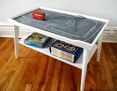 Love the chalkboard train/play table! Not as messy as a chalkboard wall? Chalkboard Coffee Tables, Make A Chalkboard, Old Coffee Tables, Coffe Table, Play Table, Table Games, Ideias Diy, Toy Rooms, Repurposed Furniture