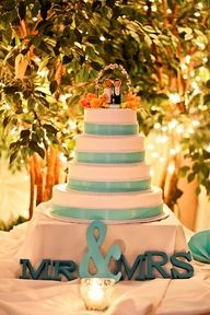 picking the cake is going to be a nightmare for me. True Love Stories, Love Story, Mr Mrs Sign, Wedding Styles, Wedding Ideas, Kauai Wedding, All You Need Is, Let Them Eat Cake, Big Day