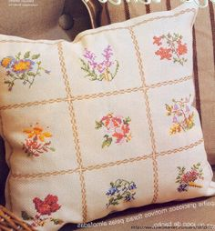 Gallery.ru / Фото #1 - 188 - kento Cross Stitch Cushion, Cross Stitch Patterns, Diaper Bag, Needlework, Coin Purse, Reusable Tote Bags, Cushions, Throw Pillows, Quilts