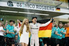Il Neo Campione del mondo di Formula Uno, Nico Rosberg si ritira. Lascia all'apice del suo percorso, non ha più voglia di dimostrare qualcosa a qualcuno.