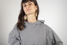 striped hoodie oversized, knee lengh FB and insta : #arcstudio #arcstudiobyclaudianemes Out Of The Closet, Hoodies, Studio, Tops, Women, Fashion, Moda, Sweatshirts, Fashion Styles