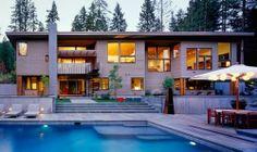 Imposante maison bois contemporaine dans une forêt du Montana, USA,  #construiretendance