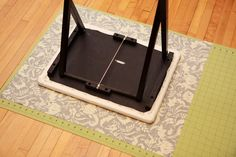 How to make a portable ironing board from a TV tray table - a Little Crispy - - Make a portable ironing board with a TV tray, including a removable cover, in about an hour. Perfect for retreats or small spaces! Tv Tray Table, Tv Trays, A Table, Easy Sewing Projects, Sewing Hacks, Sewing Crafts, Sewing Tutorials, Sewing Tips, Sewing Ideas