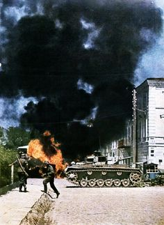 German troops clear a Russian town in July 1941. The vehicle is identified as Panzer III '223' attached to the 14.Panzer-Division, which fought as part of Army Group South, taking part in Battle of Kiev, in the Chernigovka Pocket on the Sea of Azov,... Pin by Paolo Marzioli
