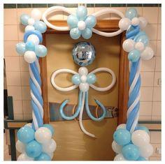 Baby shower balloon decor