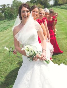 Peek-a-boo bride bridesmaids red wedding photography Red Bridesmaids, Peek A Boos, Red Wedding, Wedding Photography, Wedding Dresses, Fashion, Bride Dresses, Moda, Bridal Gowns