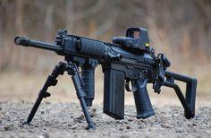 FN FAL Assault Rifle