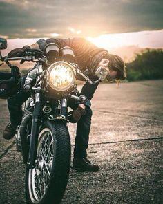 overboldmotorco: #asphaltandgravel #triumph #kawasaki #ducati...  overboldmotorco:  #asphaltandgravel #triumph #kawasaki #ducati #bmw #hondalove #hondacaferacers #cafe #caferacer #caferacerxxx #caferacersofinstagram #caferacerculture #caferacers #caferacerporn #caferacerclub #moto #motorcycle #motocross #motorbike #iron #wheels #speed #style #street #man #offroad by asphaltandgravel http://overboldmotor.co