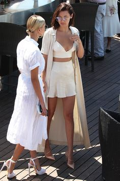 Bella Hadid - Summer Outfit Idea 2017 The Best of summer outfits in - Fashion New Trends Mode Outfits, Fashion Outfits, Womens Fashion, Fashion Trends, Fashion Tips, Looks Street Style, Looks Style, Model Street Style, Stylish Summer Outfits