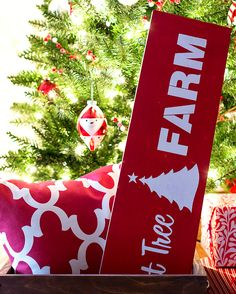 How to Make Your Own Christmas Tree Sign by Ace Blogger @iaswp.
