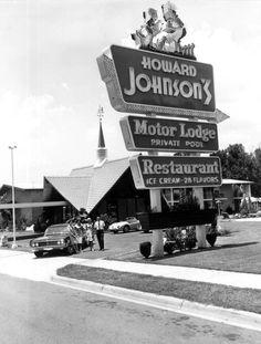 Miss Florida Gloria Brody at the Howard Johnson's Motor Lodge - Tallahassee Florida Miss Florida, Old Florida, Tallahassee Florida, South Florida, Vintage Advertisements, Vintage Ads, Vintage Food, Howard Johnson's, Vintage Restaurant