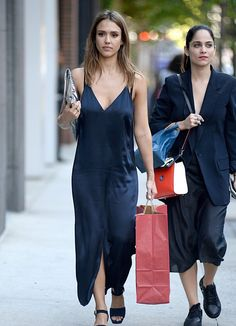 6/14/16 - Jessica Alba out in NYC. - D.C