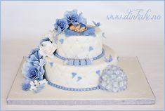 Bilderesultat for dåpskake Fondant, Baptism Decorations, Baby Shower Cakes For Boys, Angel Cake, Mom And Baby, Christening, Baby Dress, Cake Decorating, Birthday Cake