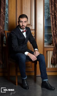 Christmas outfit >> www. Christmas Time, Mens Fashion, Fictional Characters, Outfits, Style, Moda Masculina, Swag, Man Fashion, Suits