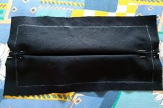 Poskladané rúško Messenger Bag, Satchel, Bags, Masks, Handbags, Crossbody Bag, Bag, Backpacking, School Tote