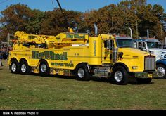 Kenworth-Jerr-Dan 85 Ton Wrecker recently put into service by Big Wheel Recovery Team, in East Freetown, MA. Big Rig Trucks, Tow Truck, Semi Trucks, Cool Trucks, Custom Big Rigs, Custom Trucks, Station Wagon, Towing And Recovery, Engin