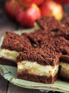chocolate apple and custard cake Sweet Recipes, Cake Recipes, Custard Cake, Different Cakes, Sweets Cake, Polish Recipes, Dessert Drinks, Chocolate Recipes, Sweet Treats
