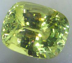VVS CHRYSOBERYL LEMOND YELLOW 5.16 CTS JM-18  chrysoberyl gemstone