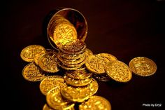 What's the difference between Bitcoin and Gold?