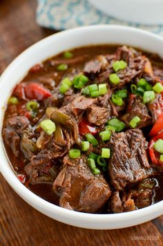 Slow Cooked Spicy Asian Beef - skip ordering take out with this amazingly tasty set it and forget it slow cooker meal. #slimmingworld #weightwatchers #beef #slowcooker #InstantPot #glutenfree #dairyfree #paleo Slow Cooked Meals, Slow Cooker Beef, Slow Cooker Recipes, Beef Recipes, Cooking Recipes, Healthy Recipes, Beef Tips, Cooking Tips, Kitchen