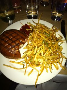 """Awesome Burger, tried it myself last week at the """"spotted pig"""" in NY"""