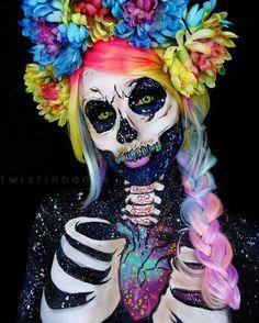 25 Mind-Blowing Halloween Make-up-Looks - Neue Friseur Stil Cool Halloween Makeup, Scary Makeup, Halloween Season, Halloween Kostüm, Halloween Dress, Horror Make-up, Pop Art Makeup, Makeup Ideas, Fx Makeup