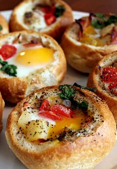 Customizable Bread Bowl Breakfast! This looks so fun and easy for a girls brunch