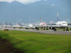 Aeropuerto Internacional El Dorado. Jet, Aircraft, Vehicles, International Airport, El Dorado, Colombia, Aviation, Car, Planes