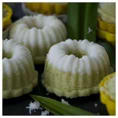 Is This Cake Have Anything To Do With Puteri Radin Mas Ayu Putu Putri 椰丝小青糕 Coconut And Sponge