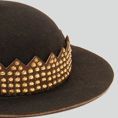 Black felt hat decorated with the so-called raki, or a leather strap with brass studs Szczawnica Highlanders, Szczawnica, P. Nowy Targ, early c. Highlanders, Black Felt, Felt Hat, Pattern Books, Folk Clothing, Brass, Leather, Embroidery, Summer