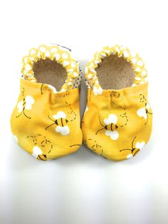 Bee baby shoes girl baby booties yellow soft sole by BoogieBooties